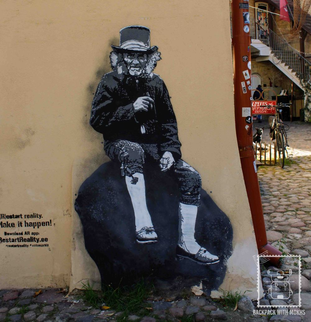Uzupis - moving graffiti