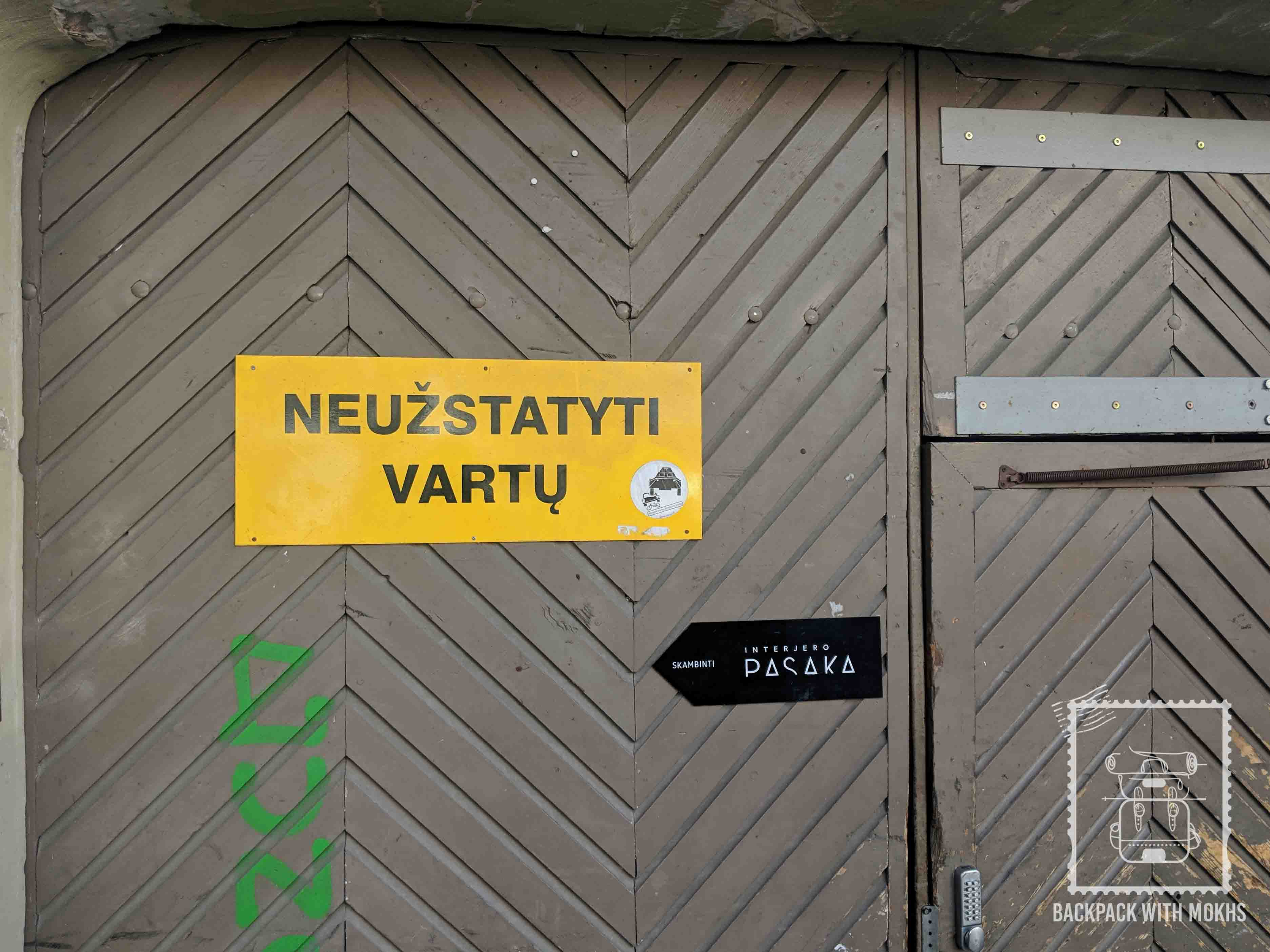 Warning signs in Lithuania